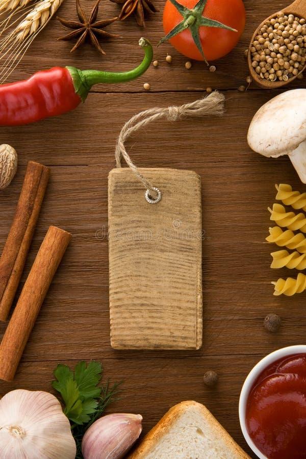 标签价格和食品成分 免版税库存照片