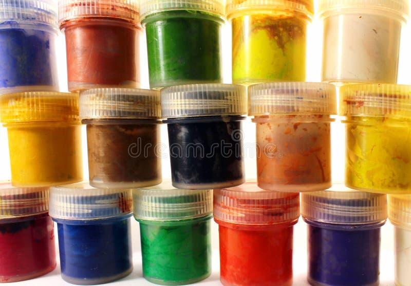 树胶水彩画颜料油漆桶 免版税库存图片