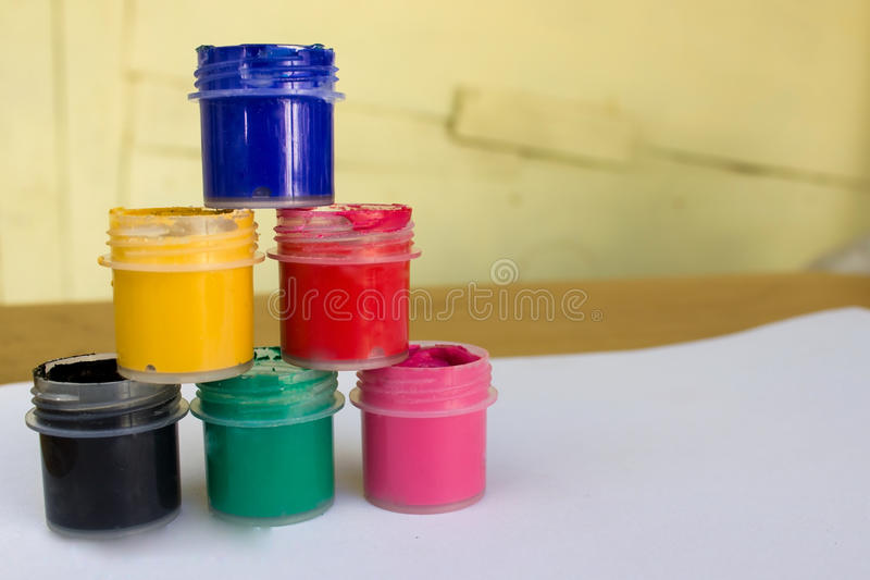 树胶水彩画颜料 免版税图库摄影