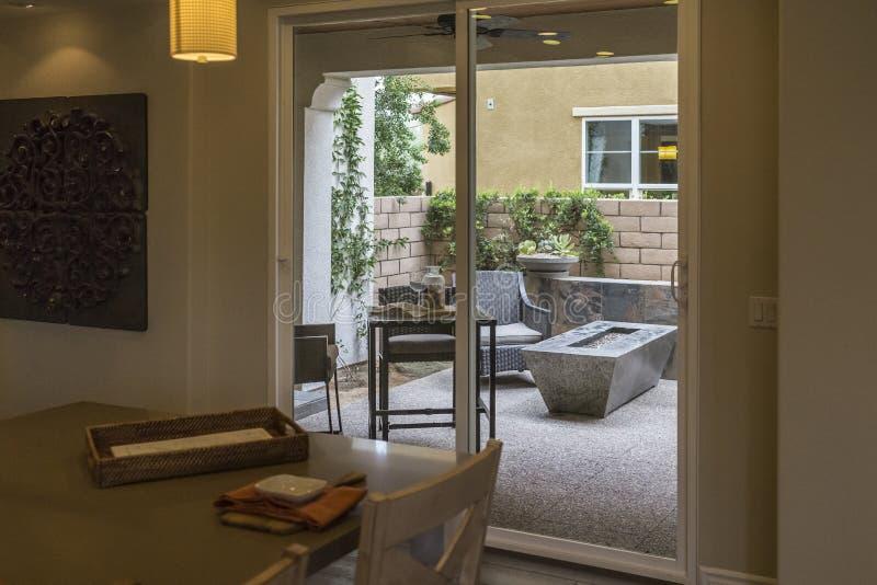 样房餐厅和露台,加利福尼亚 库存照片