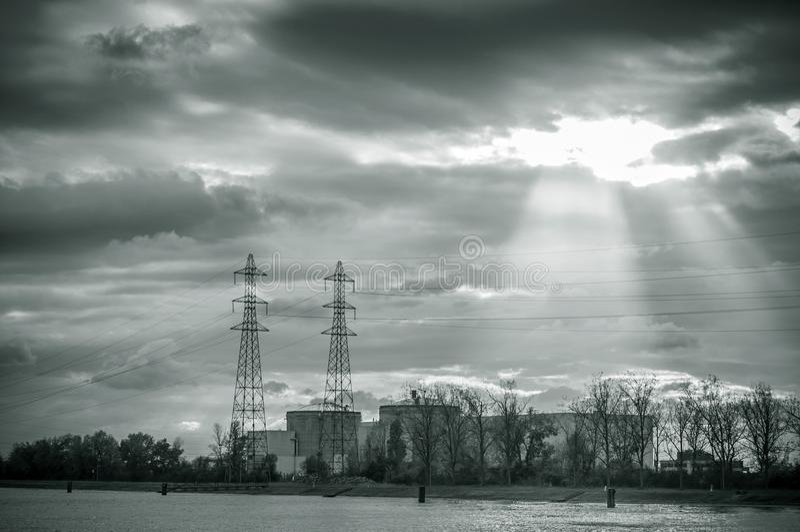 核电站全景在费瑟南 图库摄影