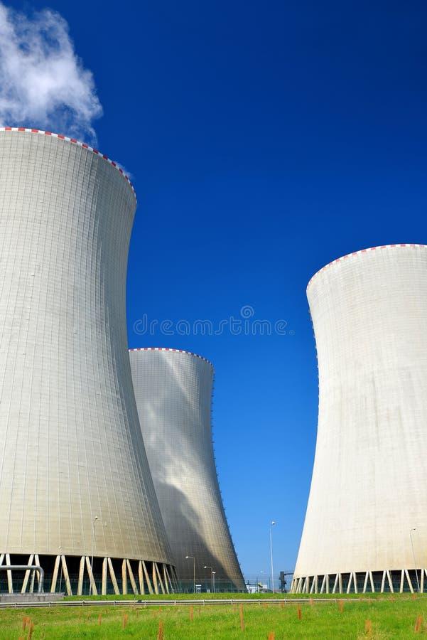 核电站Temelin冷却塔  库存图片