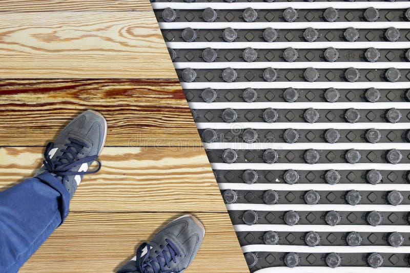 根据地板采暖系统 免版税库存照片