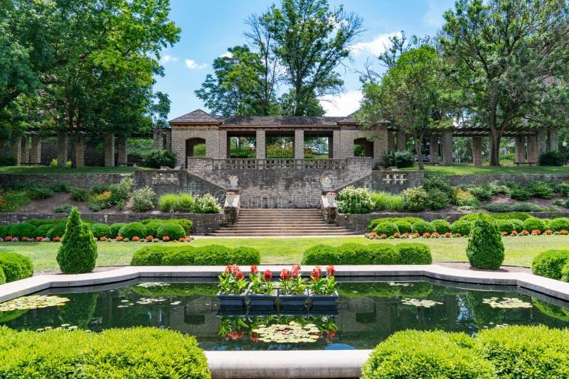 根据州长` s豪宅的Carnhan纪念庭院 免版税库存照片