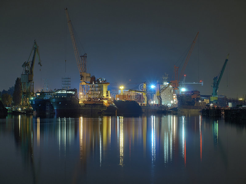 格但斯克晚上造船厂 库存图片