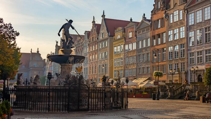 格但斯克,波兰;海王星和老镇老雕塑在格但斯克 免版税库存图片