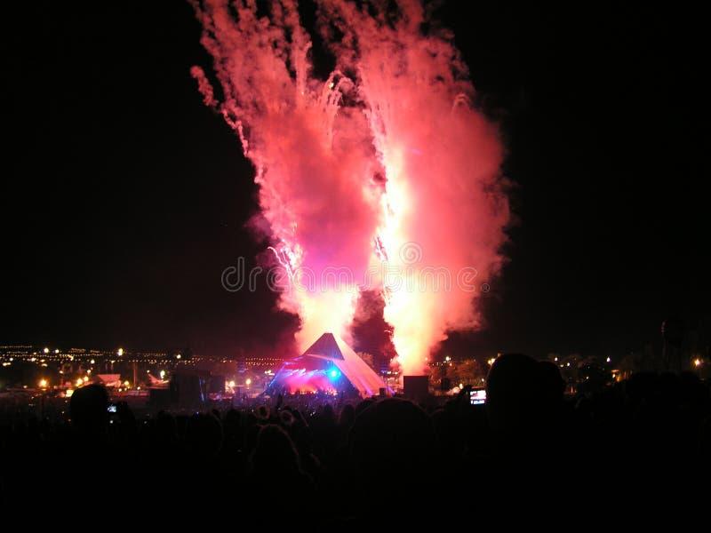 格拉斯顿伯里节日主要阶段烟火制造术2007年 库存照片