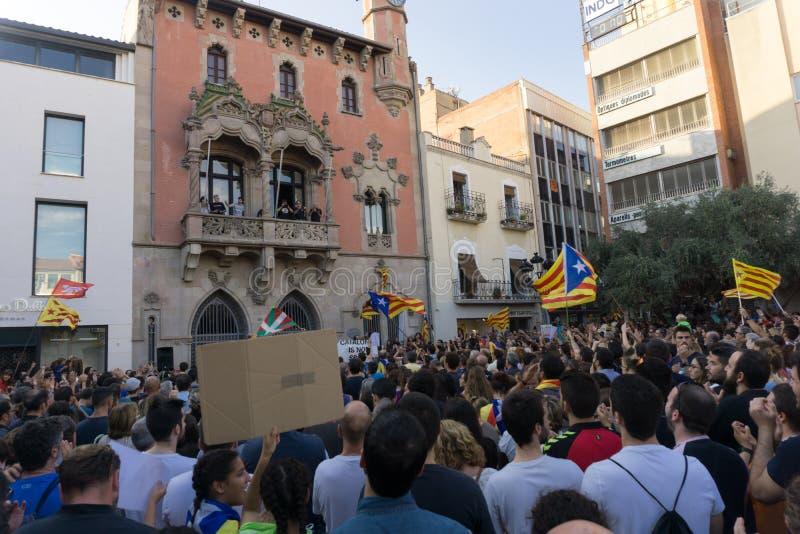 格拉诺列尔斯,卡塔龙尼亚,西班牙, 2017年10月3日:抗议的paceful人 库存图片