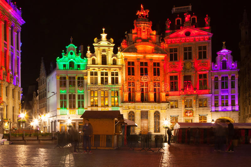 格罗特Markt -布鲁塞尔大广场和城镇厅  库存图片
