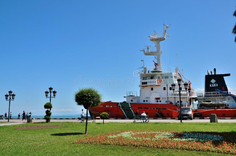 格鲁吉亚政府海岸警卫巡逻舰黑海口岸巴统乔治亚 免版税库存图片