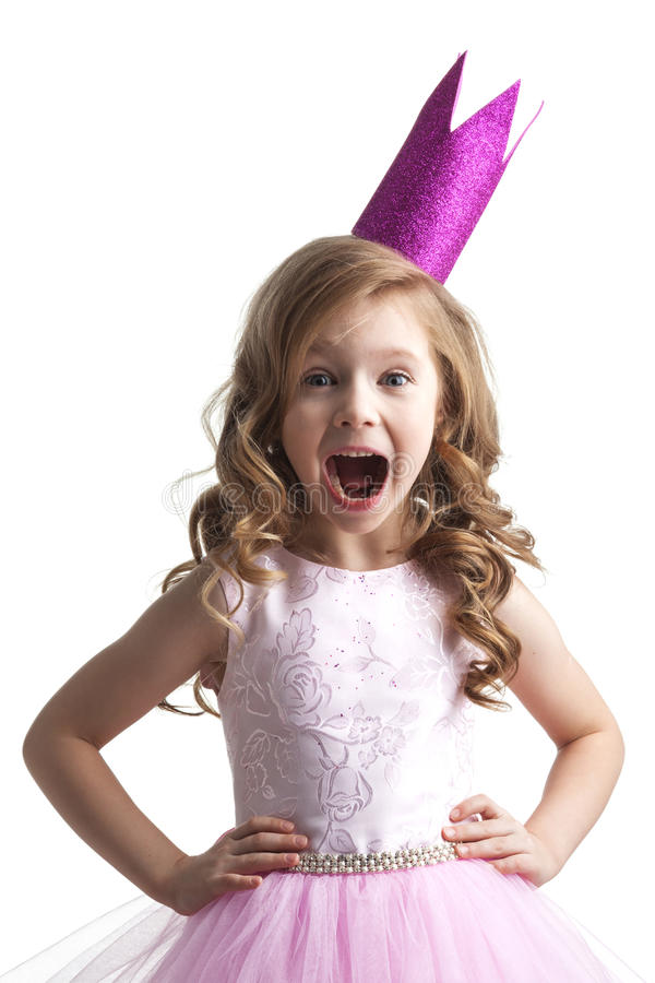 桃红色冠的小公主女孩 免版税图库摄影