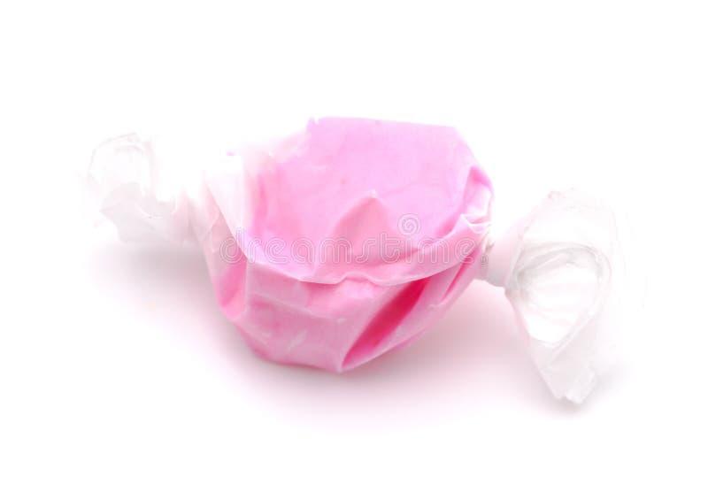 桃红色盐水乳脂糖单件  库存照片