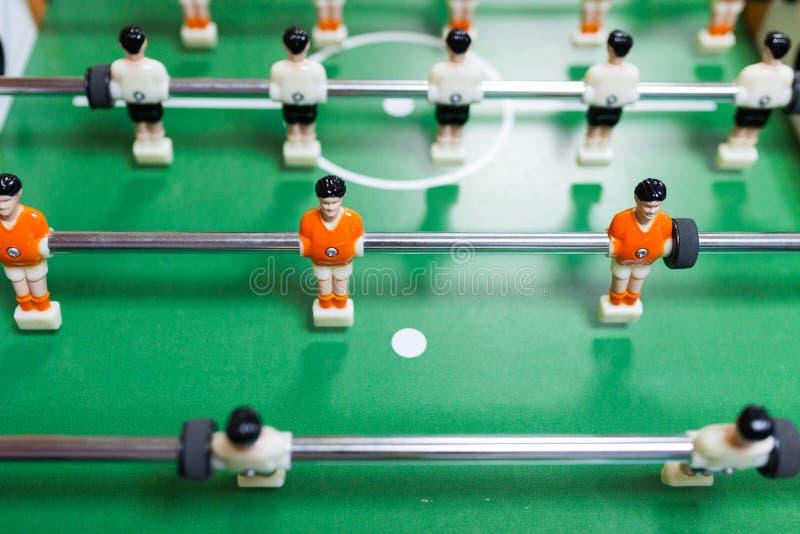 桌橄榄球的球员 免版税库存照片