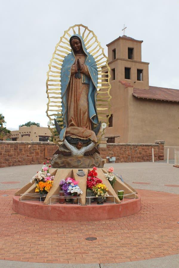 桑图阿里奥De瓜达卢佩河-老使命教会- Taos,NM 库存照片
