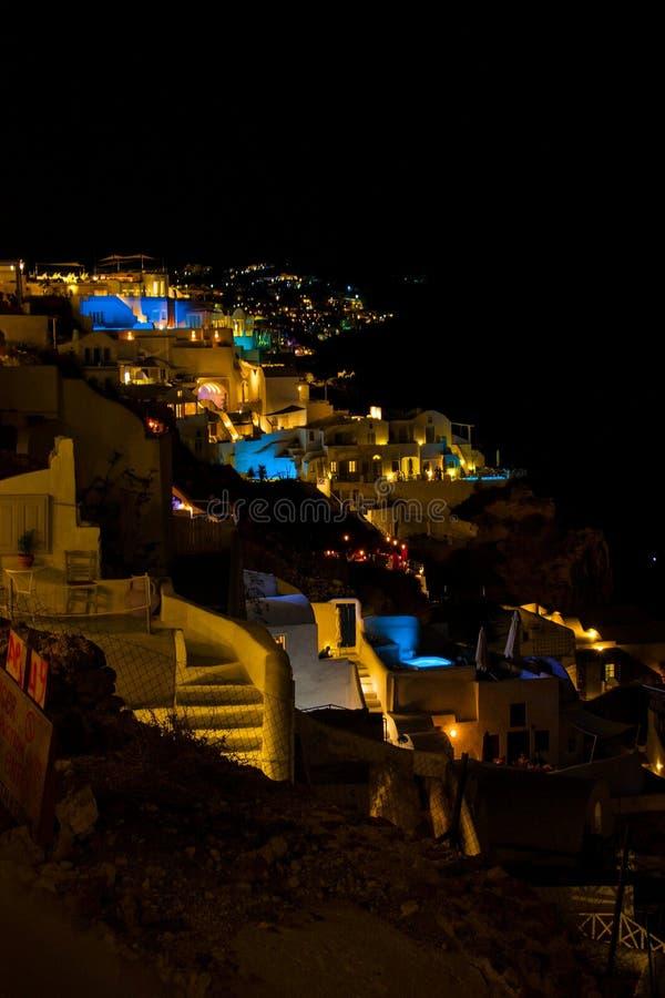桑托林岛Oia在晚上 免版税库存照片