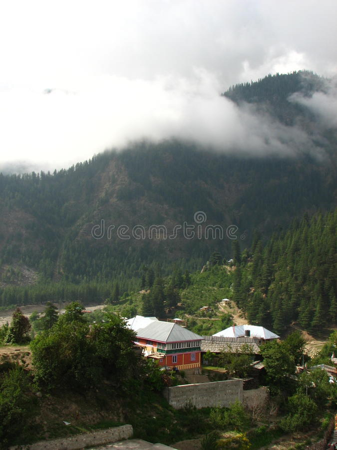 桑格拉谷在喜马偕尔邦,印度 库存照片