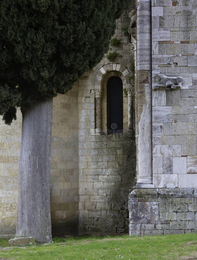 桑特安迪莫教会/修道院在蒙达奇诺托斯卡纳意大利 免版税库存图片
