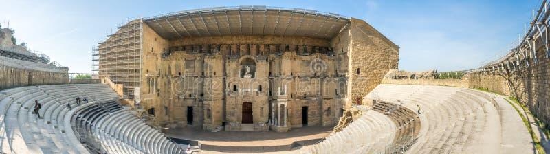 桔子,法国罗马剧院  免版税库存照片