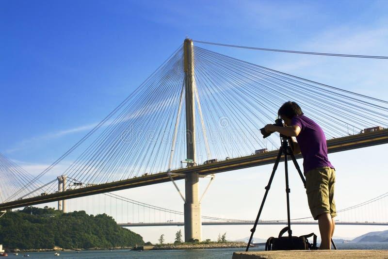 桥梁人照片作为 库存照片