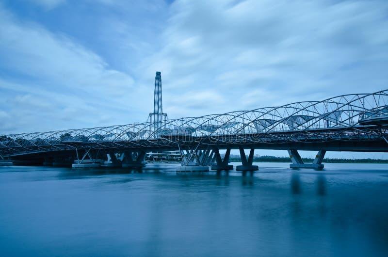 桥梁传单螺旋新加坡 免版税库存照片