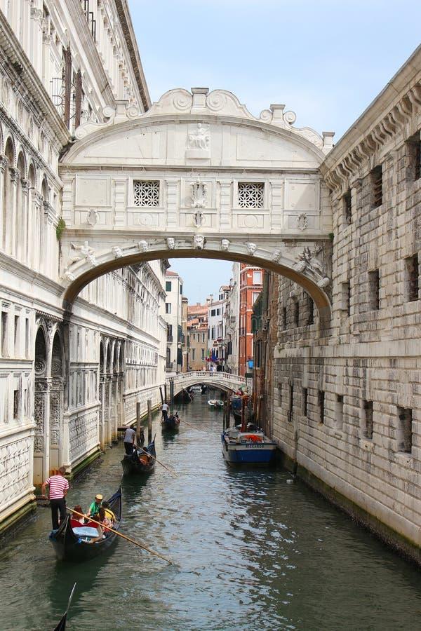 桥梁在威尼斯意大利 免版税库存图片
