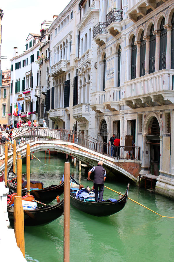 桥梁在威尼斯意大利 免版税库存照片