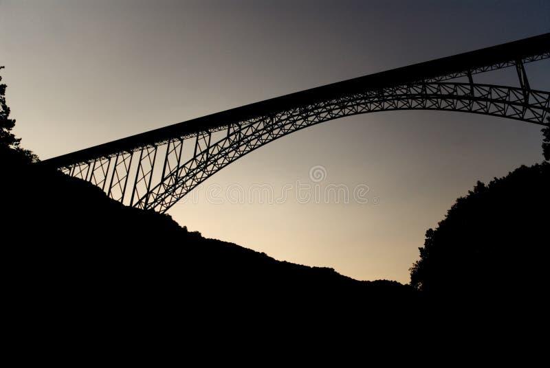桥梁峡谷新的河 免版税图库摄影