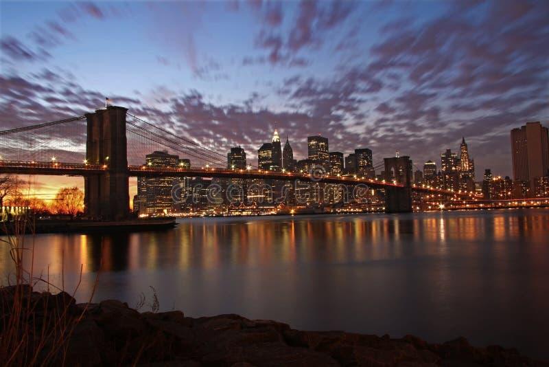 桥梁布鲁克林新的晚上约克 免版税库存图片