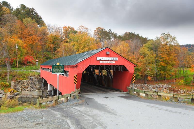 桥梁报道了taftsville 免版税库存图片