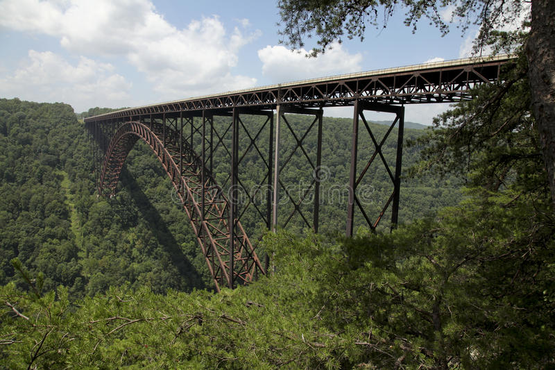 桥梁新的河 免版税库存照片