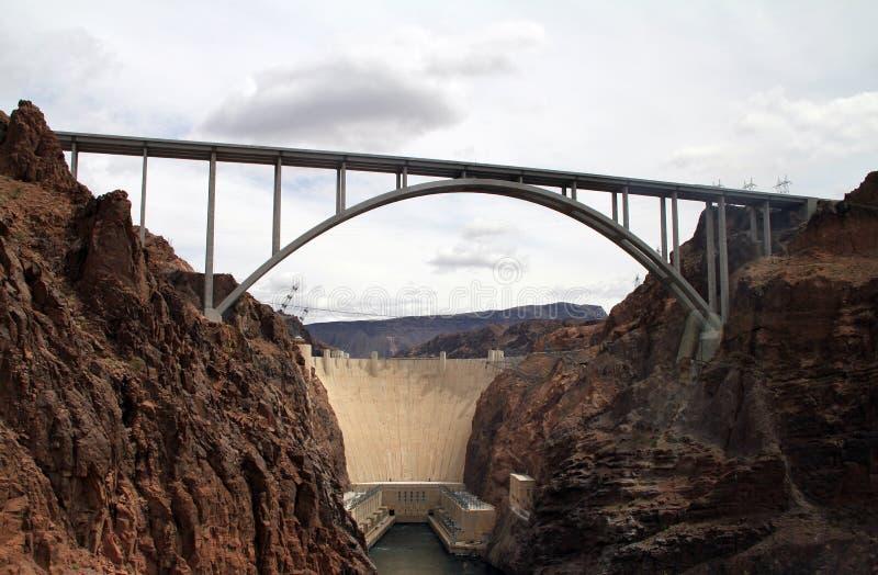 桥梁旁路水坝真空吸尘器 免版税库存照片