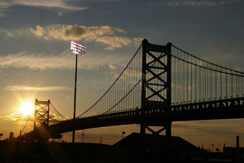 桥梁日落 库存照片