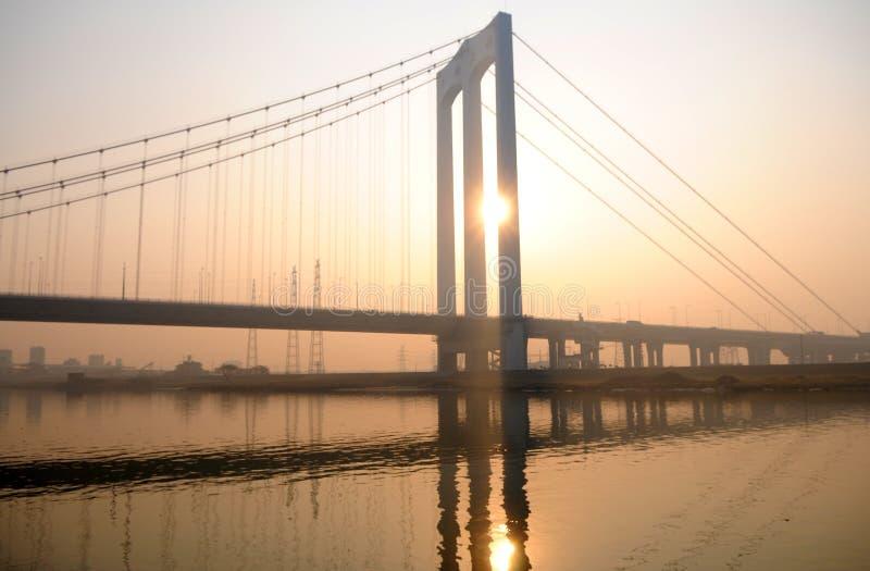 桥梁日落 免版税库存照片