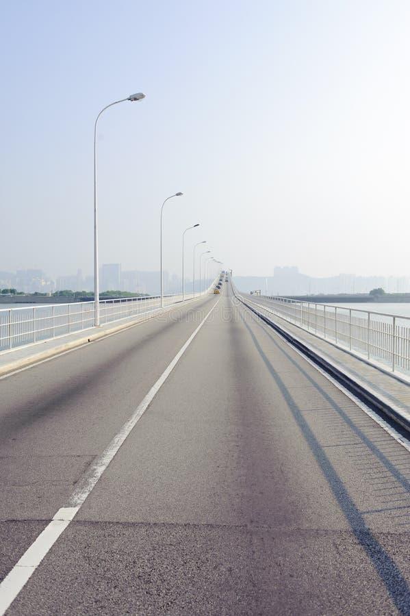 Download 桥梁澳门 库存照片. 图片 包括有 贿赂, 都市, 城市, 夏天, 移动, 垂直, 天空, 线路, 地产 - 22350058