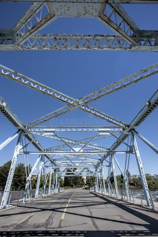 桥梁的钢粱 库存图片