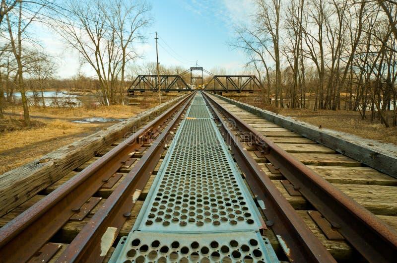 桥梁老摇摆的培训 免版税图库摄影