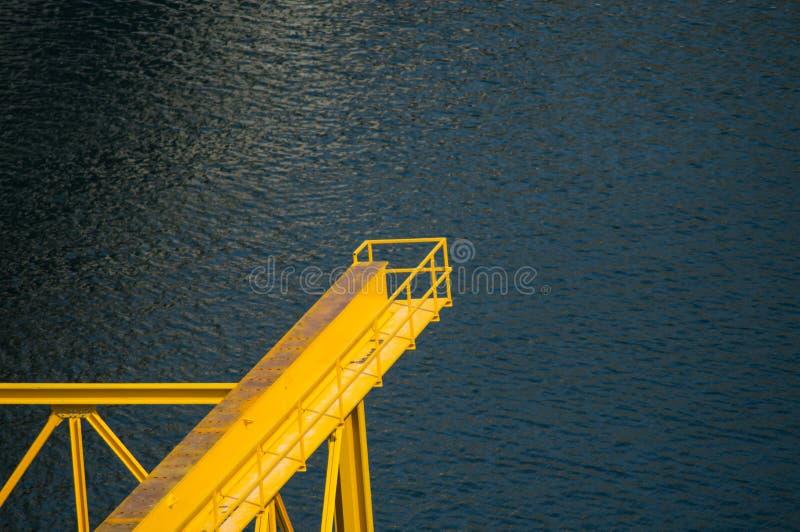 桥梁脚Firat River湖 库存照片