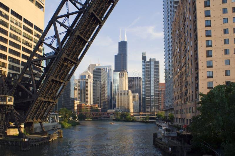 桥梁芝加哥街市 免版税库存图片
