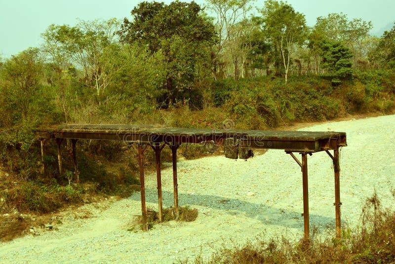 桥梁被中断的老 库存图片