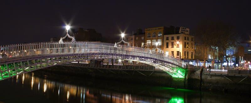桥梁都伯林hapenny爱尔兰 库存照片