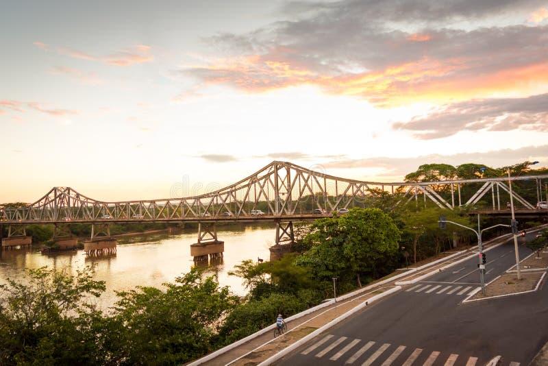 桥梁金属在特雷西纳 免版税库存照片