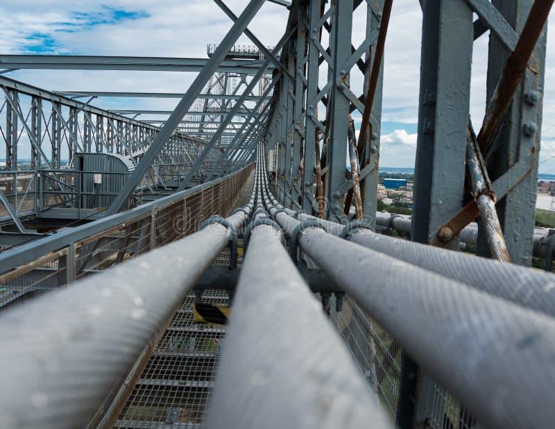 桥梁钢紧张缆绳 免版税库存照片