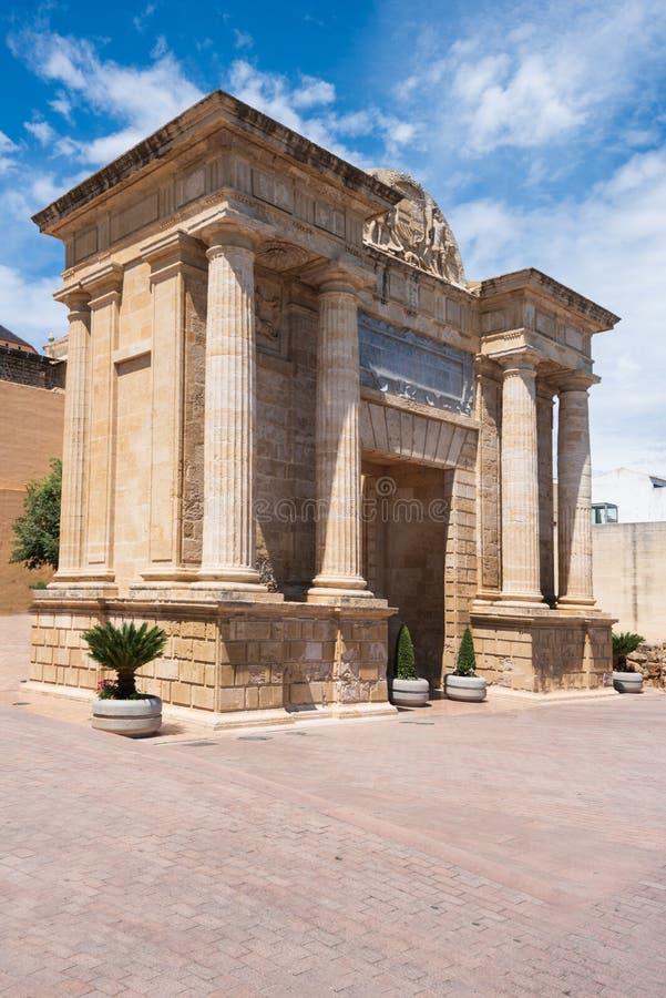桥梁门佩亚达del普恩特,科多巴,安大路西亚,西班牙 免版税库存照片