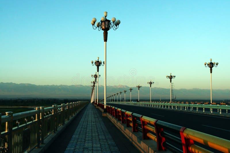 桥梁高速公路日出 免版税库存图片