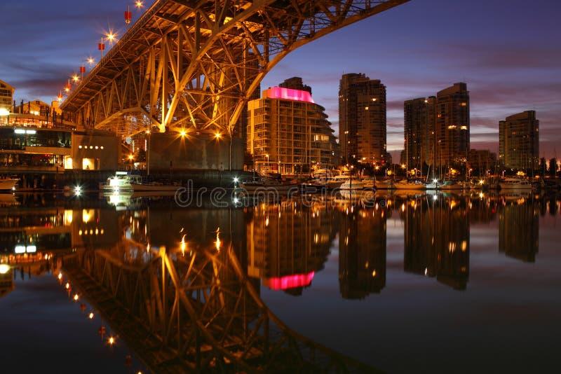 Download 桥梁黎明granville温哥华yaletown 库存图片. 图片 包括有 场面, 都市风景, 地区, 任何地方 - 22352567