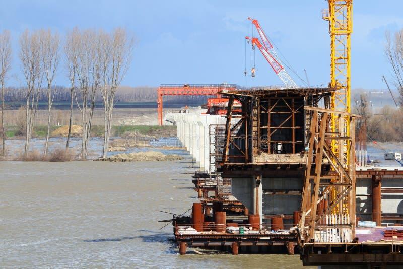 桥梁建设中 免版税库存照片