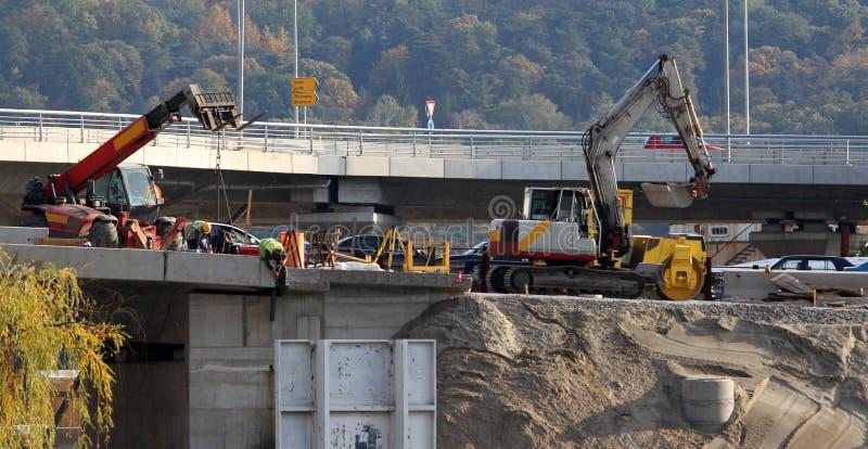 桥梁建设中 免版税库存图片
