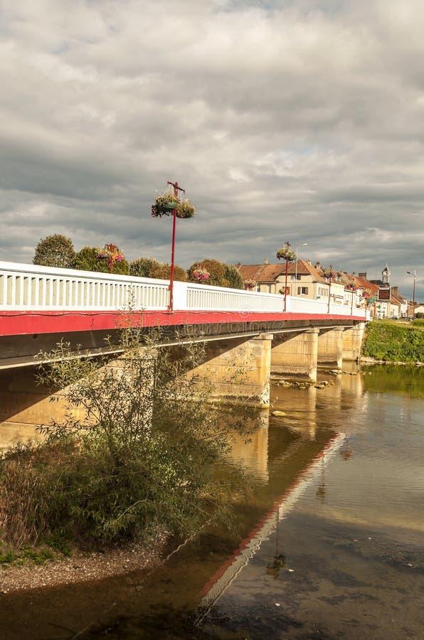 桥梁临近河 库存照片