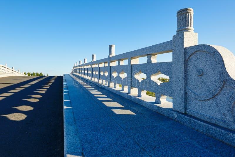 Download 桥梁 库存图片. 图片 包括有 beautifuler, 本质, 专区, 招待, 的treadled, 贿赂 - 59104421