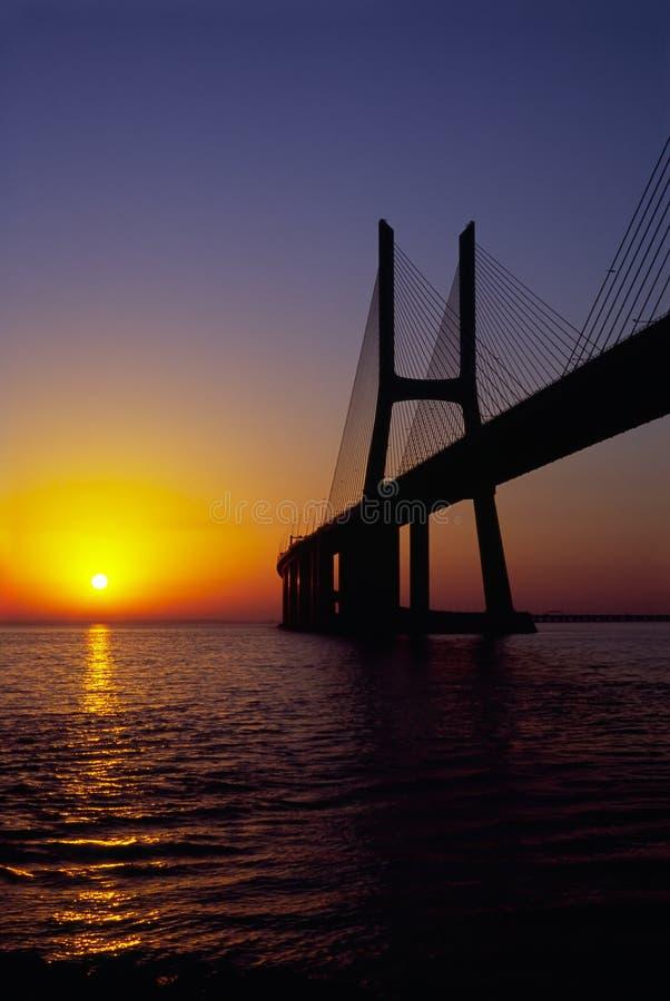 桥梁da gama里斯本瓦斯考 图库摄影